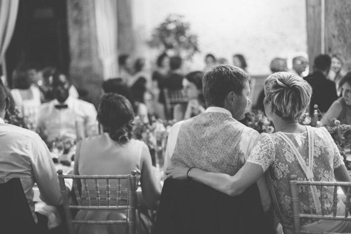 Robe de mariée fluide et chic